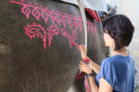 peinture sur éléphant